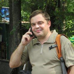 Жизнерадостный Роман Клёнов